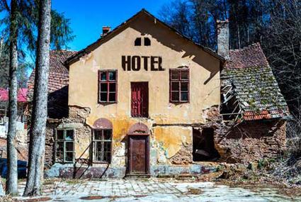 Derelict-Hotel-1